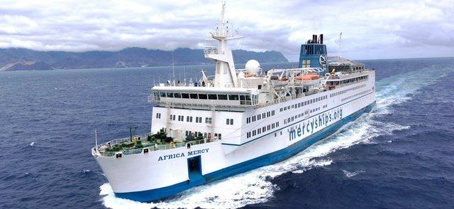 Mercy_Ships_-_MV_Africa_Mercy.jpg