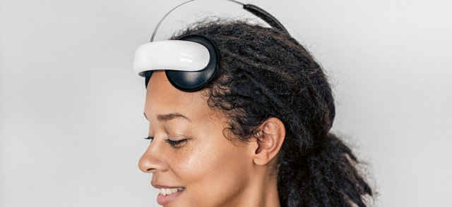 Flow headset.jpg