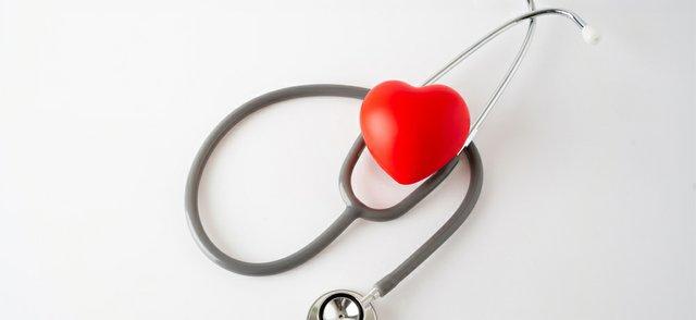 Heart stetho.jpg