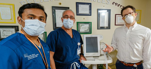 Stanley John Dr Hugh Cassiere Dr Todd Goldstein 3D printed t adapter for BiPAP Credit Northwell Health.jpg