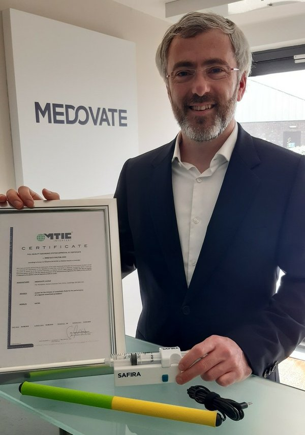 Alan Finnerty with SAFIRA and certificate.jpg